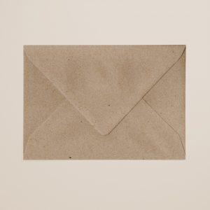envelop kraft grijs achterkant per stuk
